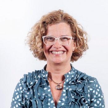 Esther Falcón Pérez